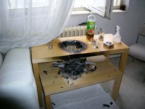 Prohořelý stolek