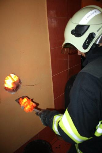 Požár sazí v komíně okres Litoměřice